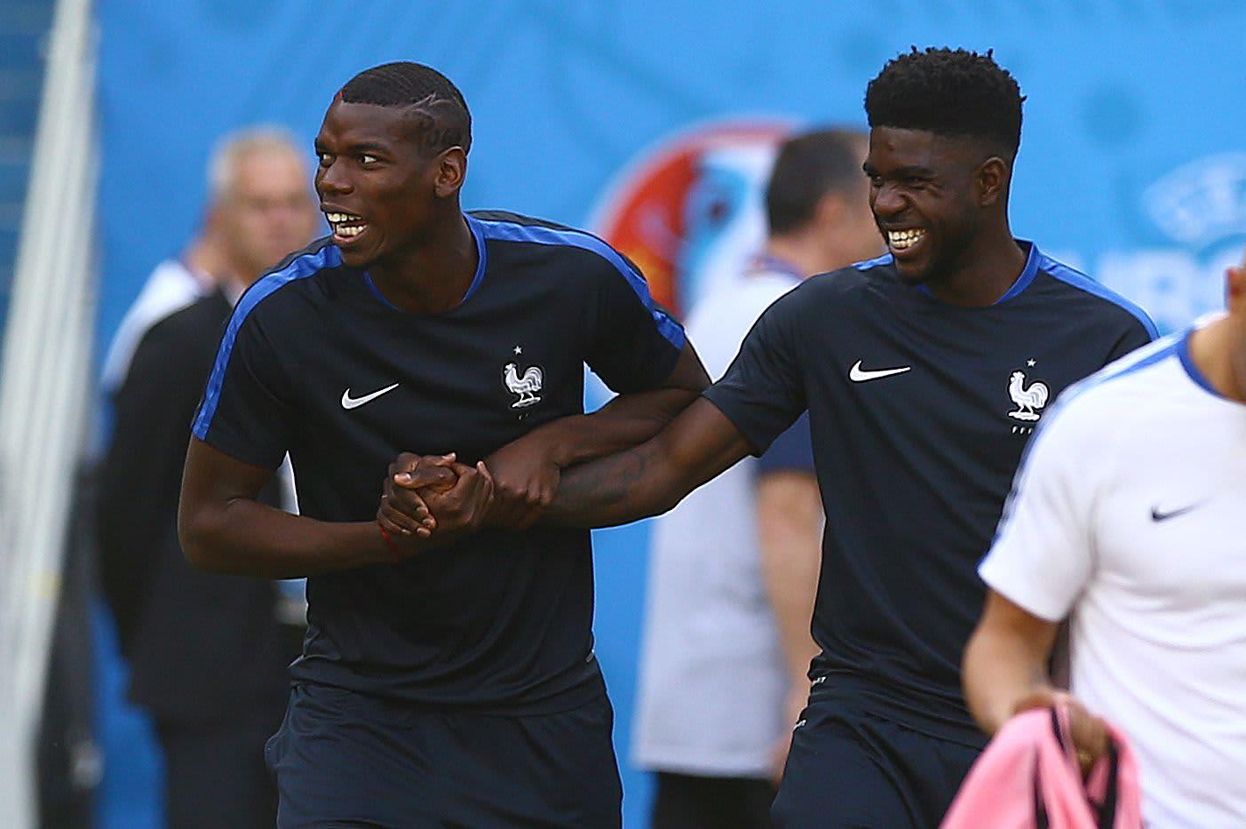 """Lyon-toppari Samuel Umtiti (oik.) tekee A-maajoukkuedebyyttinsä kovassa paikassa - EM-turnauksen puolivälierässä. Paul Pogba on tutusti """"Les Bleusin"""" avauksessa Islantia vastaan."""