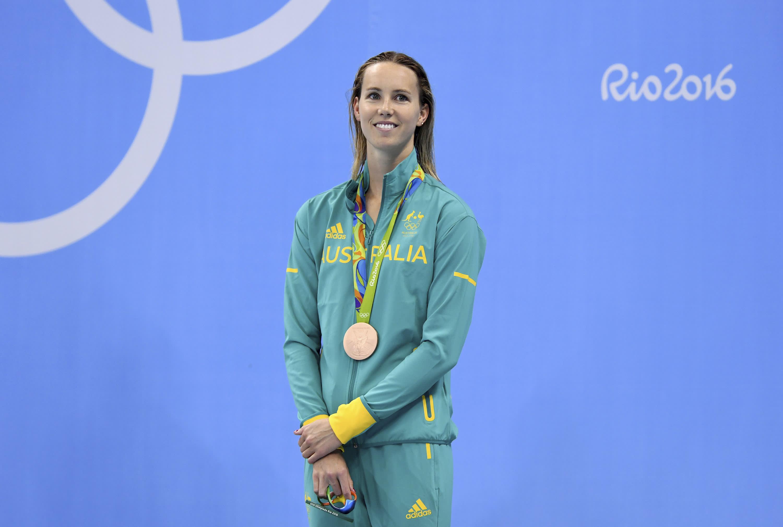 Emma McKeon pronssimitali kaulassa.