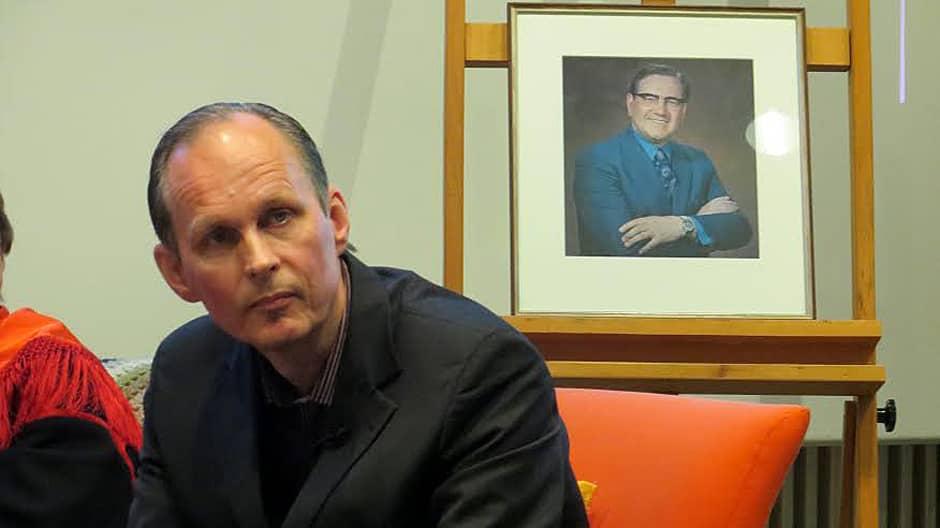 Mikael Niemi.