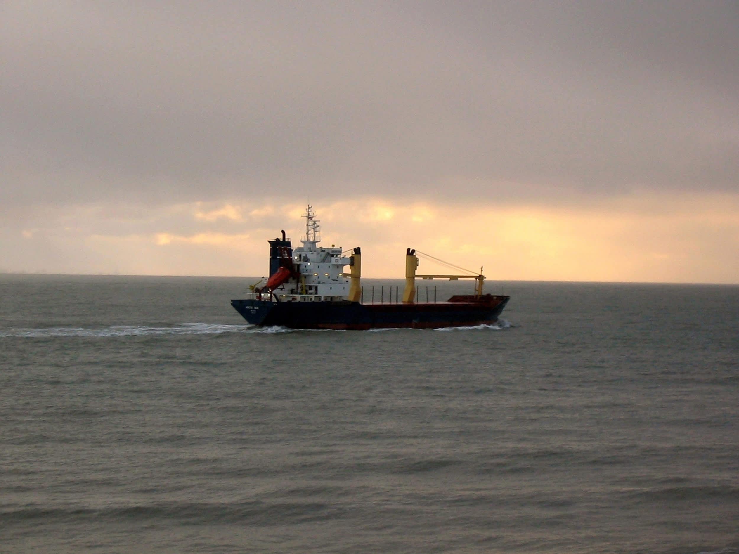 Arctic Sea merellä.