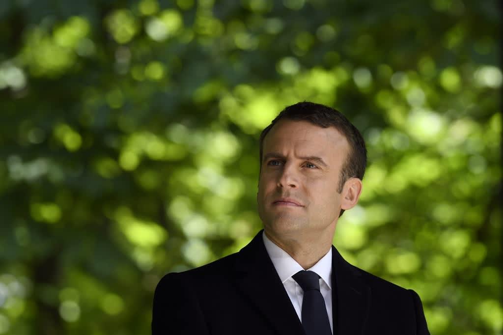 Ranskan tuleva presidentti Emmanuel Macron Luxembourgin puistossa Pariisissa 10. toukokuuta 2017.