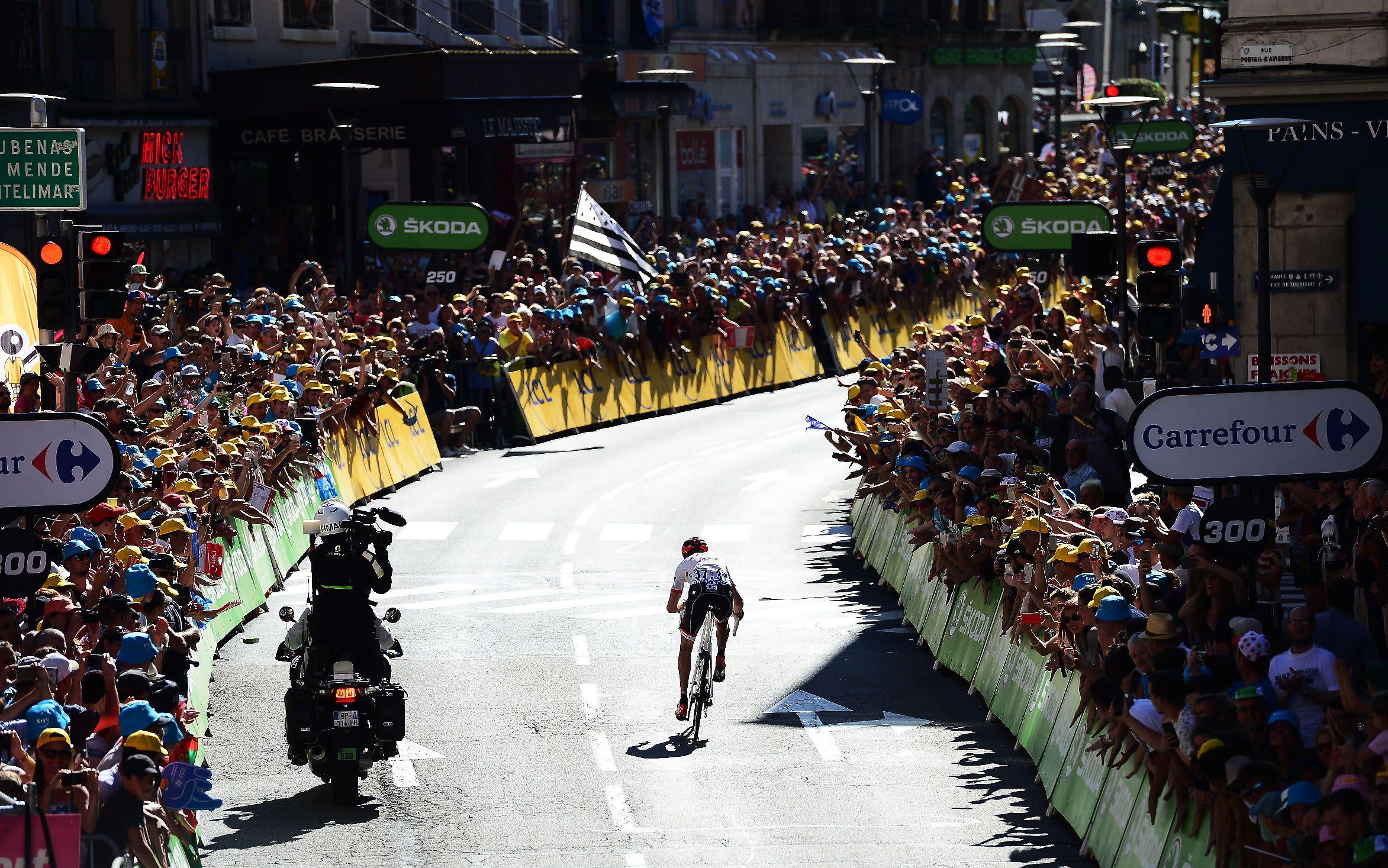 Hollannin Bauke Mollema polkee etappivoittoon Ranskan ympäriajossa.