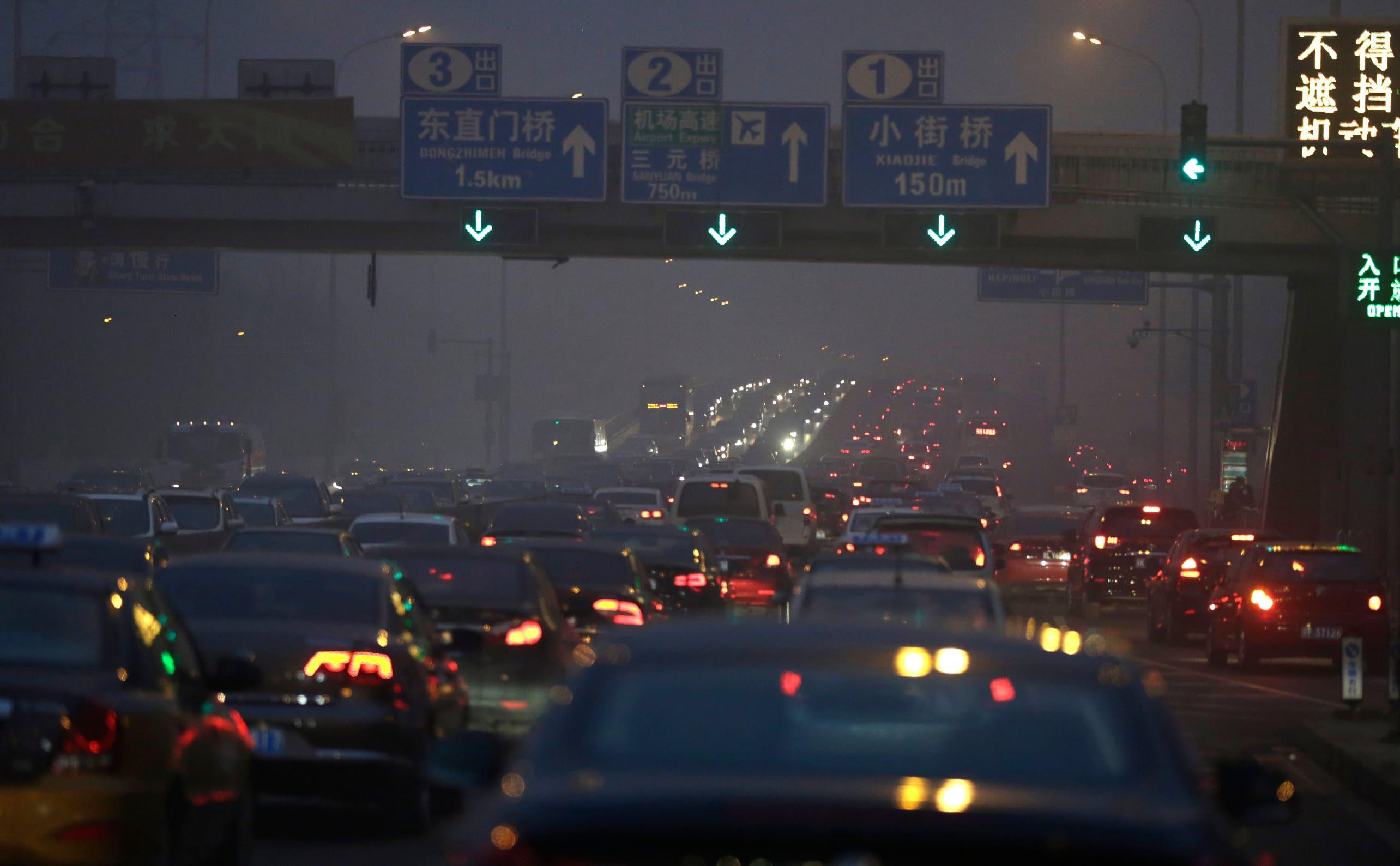 kiina liikenneruuhkassa