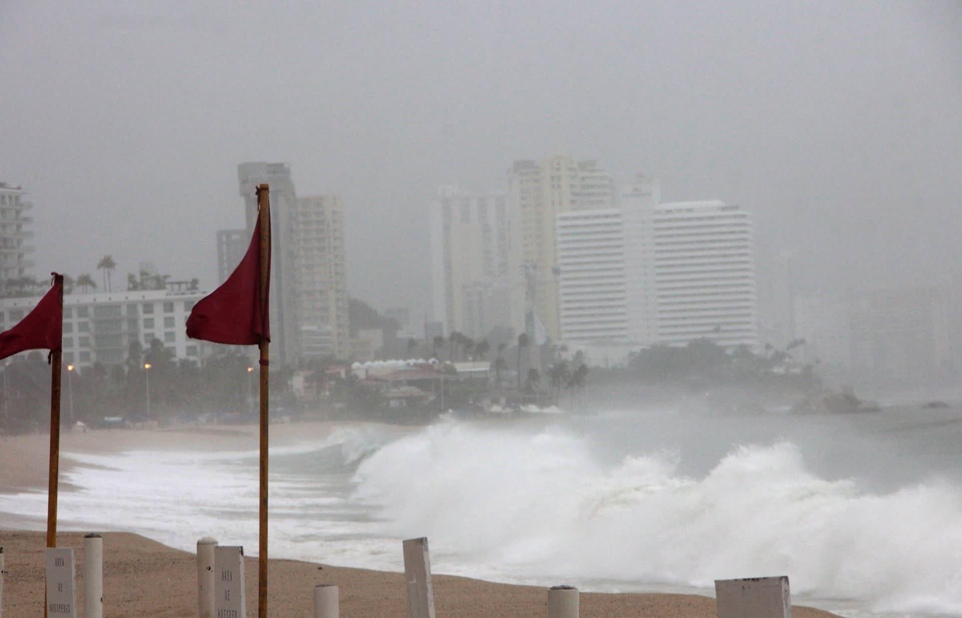 Hurrikaani Max rantautui Meksikoon.