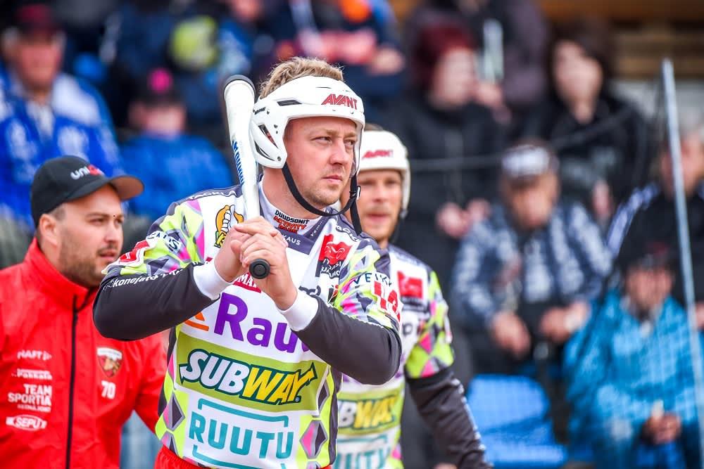 Jere Dahlström kuvassa