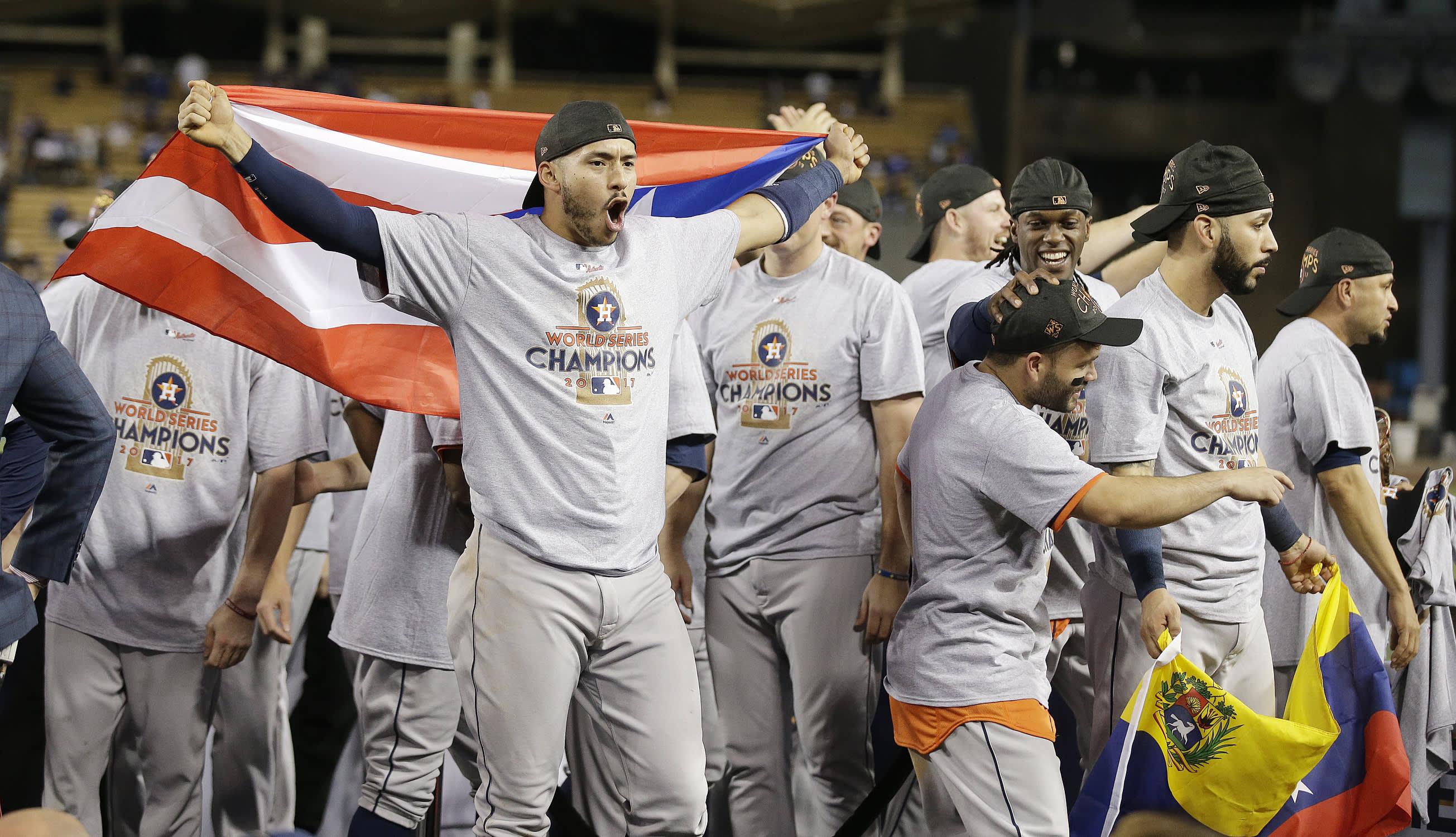 Carlos Correa ja Houston Astros juhlivat baseballin MLB-liigan mestaruutta.