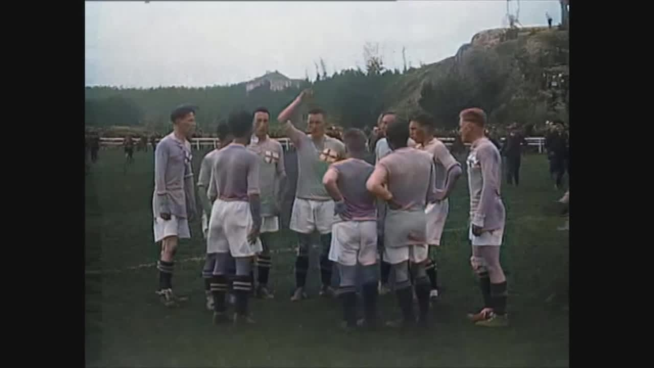 Suomen 1. maaottelu siirtyi useita kertoja