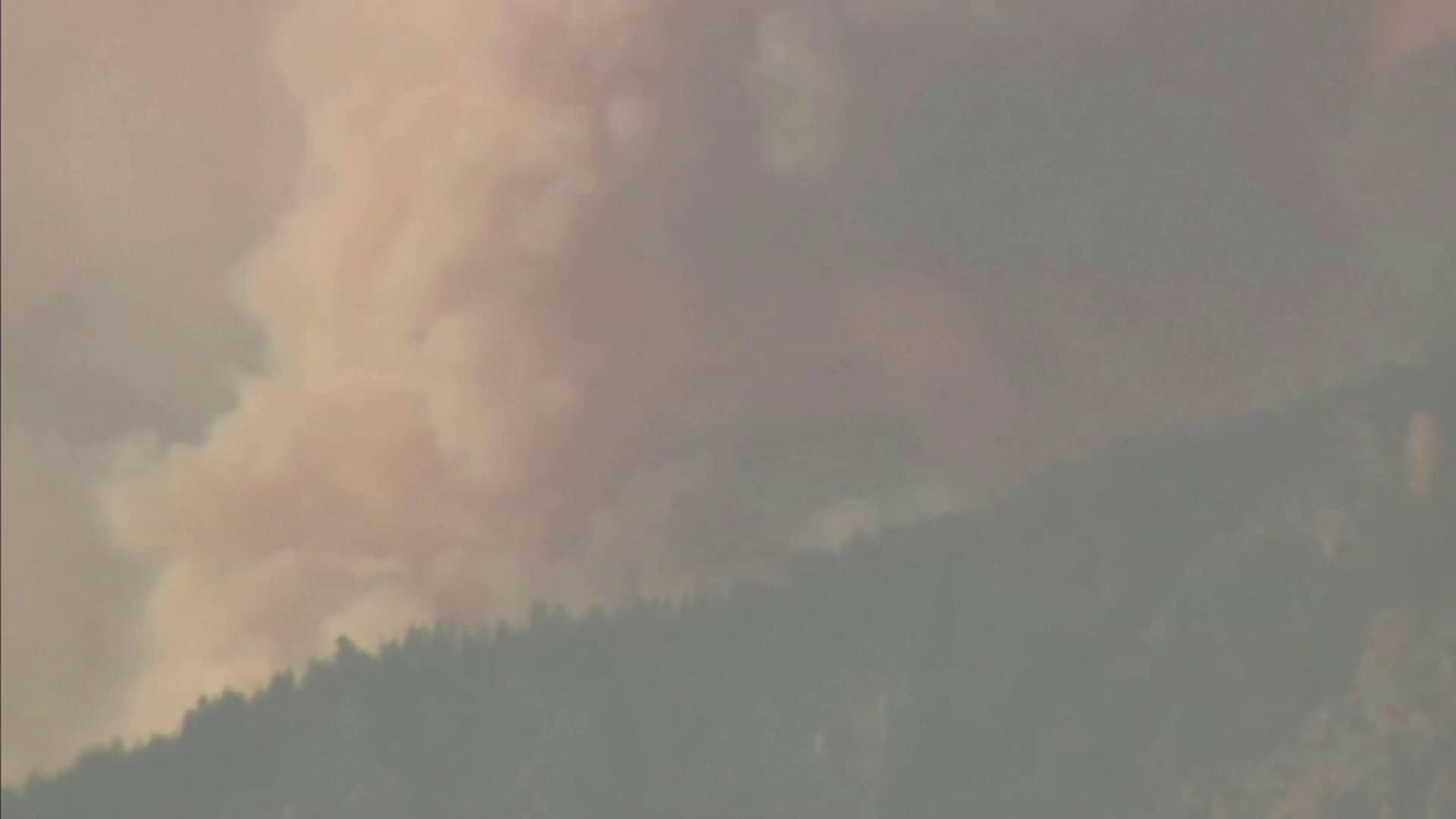 Metsäpalot raivoavat Kanadassa ennätyshelteiden jälkeen
