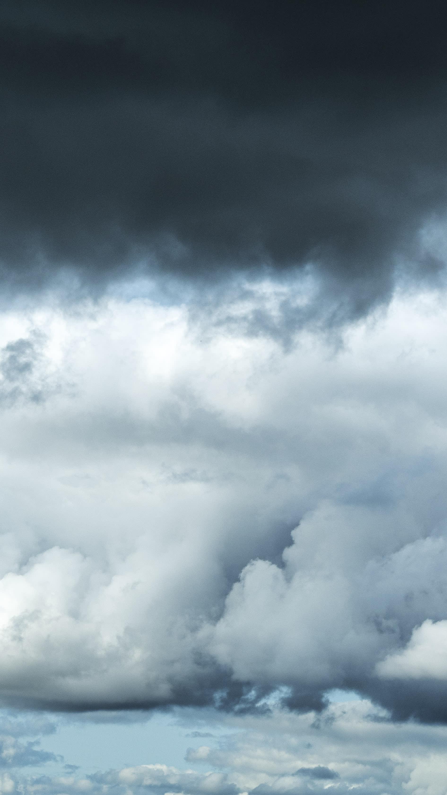 Sadepilviä