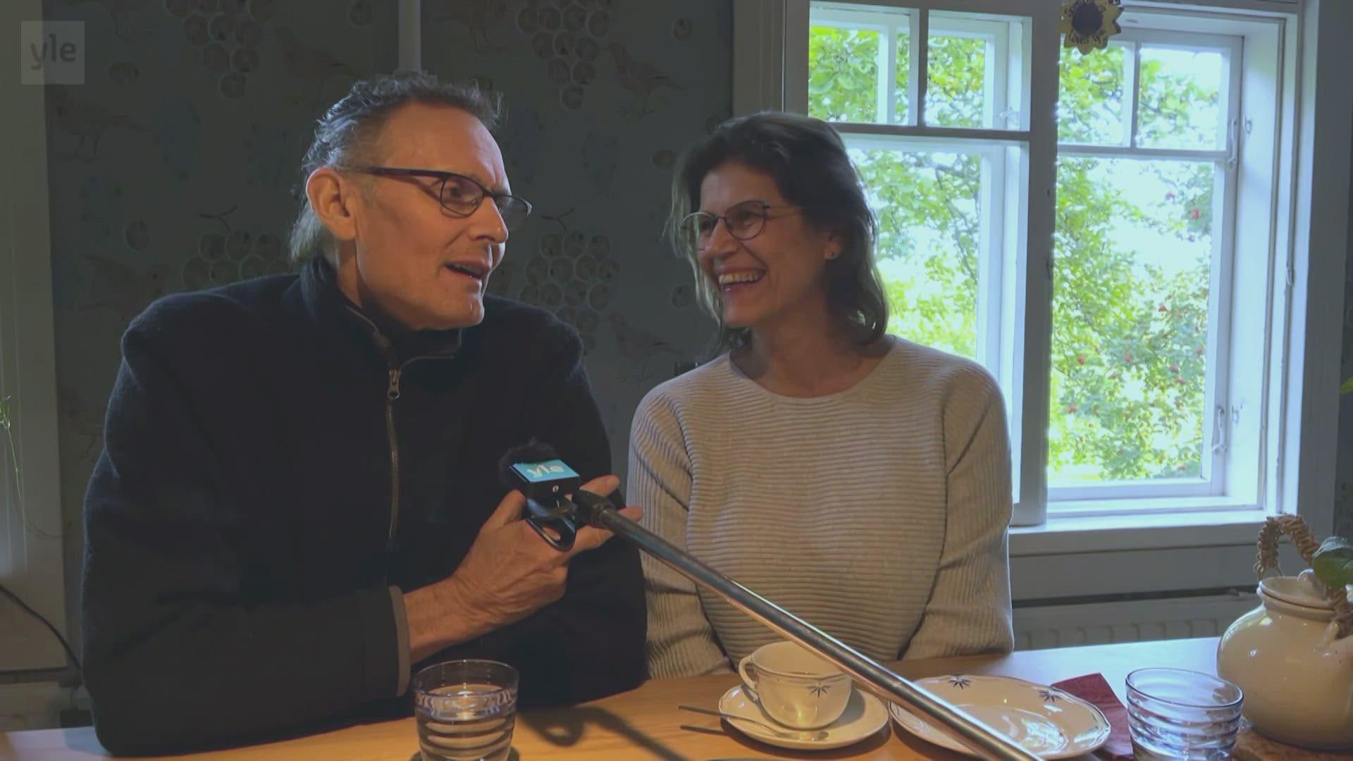 Amanda Kotajan vanhemmat liikuttuivat tyttärensä ensimmäisestä paralympiamitalista