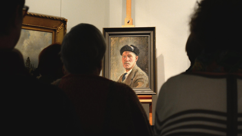 Pekka Halosen omakuva Kuopion taidemuseon Taidevartissa