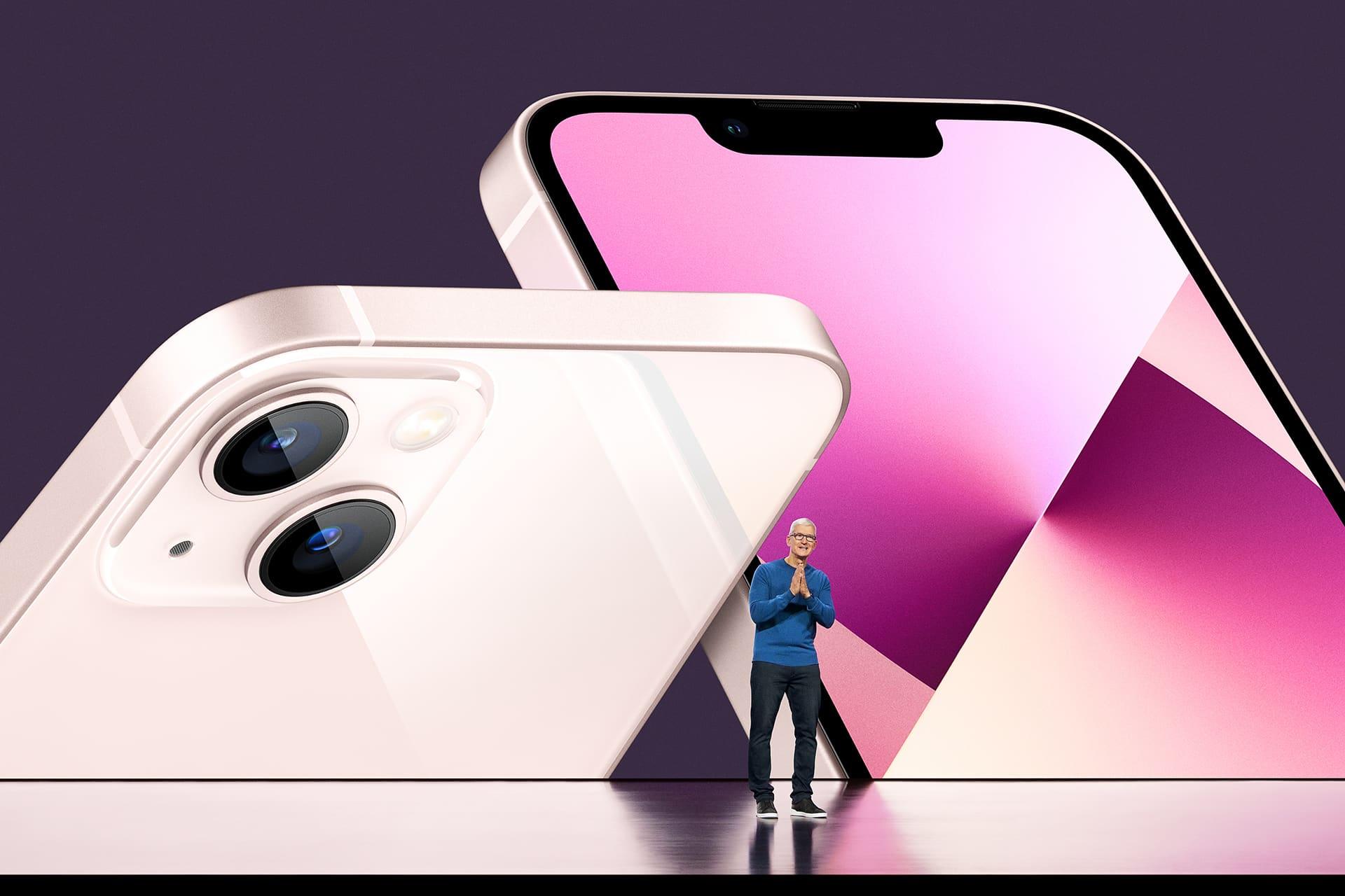 Toimitusjohtaja Tim Cook esitteli uusia iPhone-malleja Apple Prkissa Cupertinossa 14.syyskuuta.