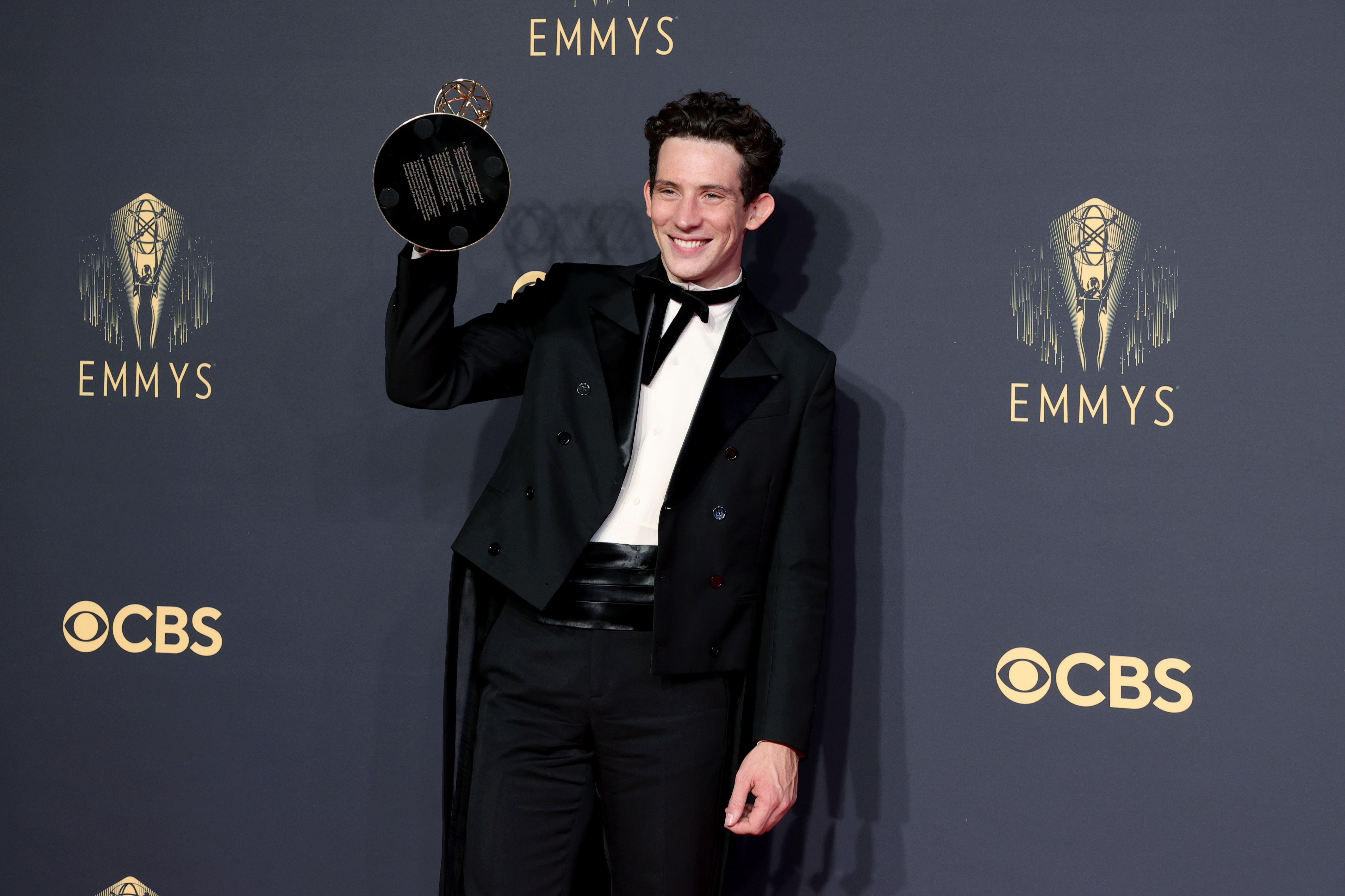 The Crownille useita Emmy-palkintoja
