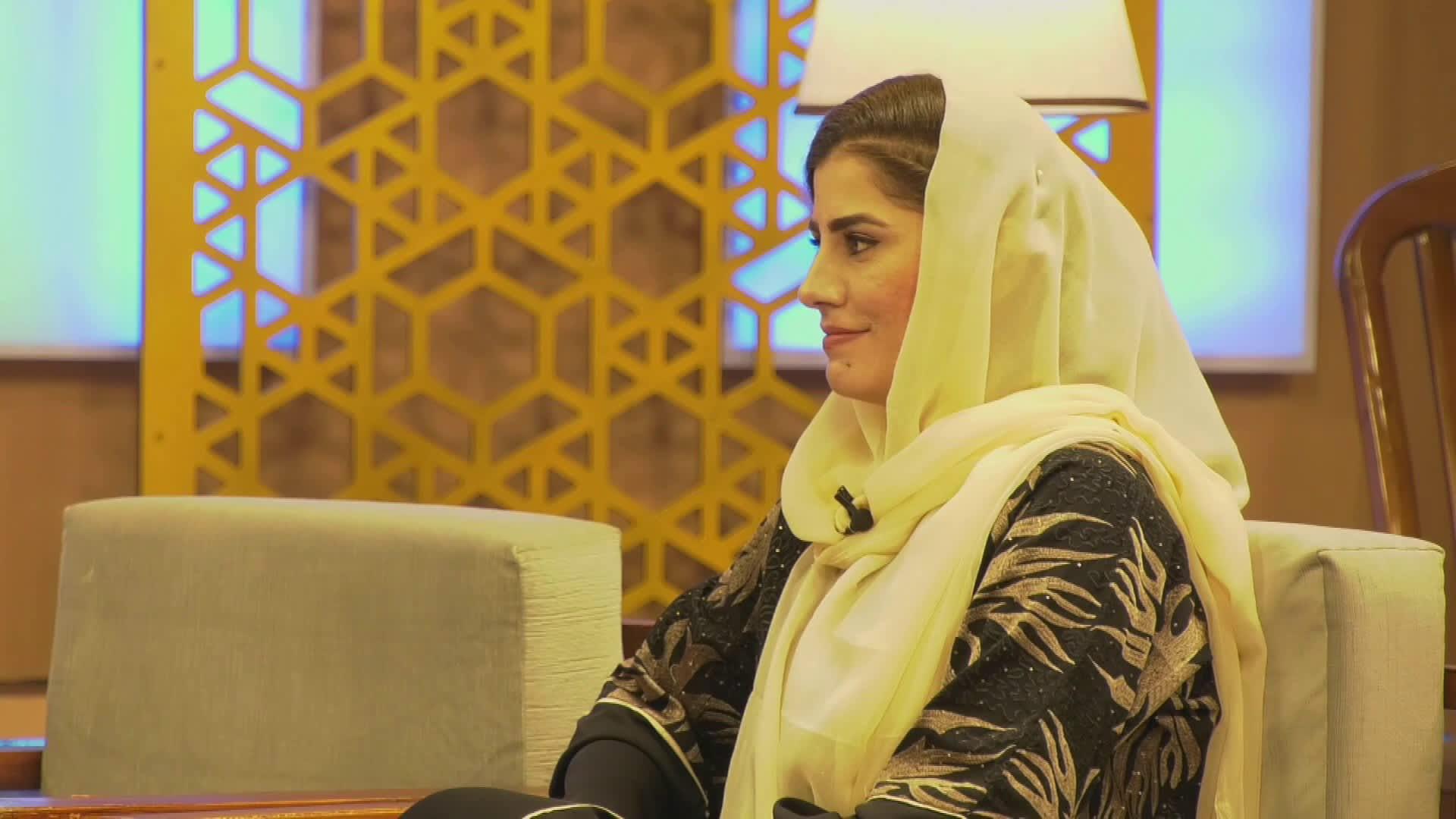 Pakistanilaista naistoimittajaa ei pelota haastatella Talibanin johtajia