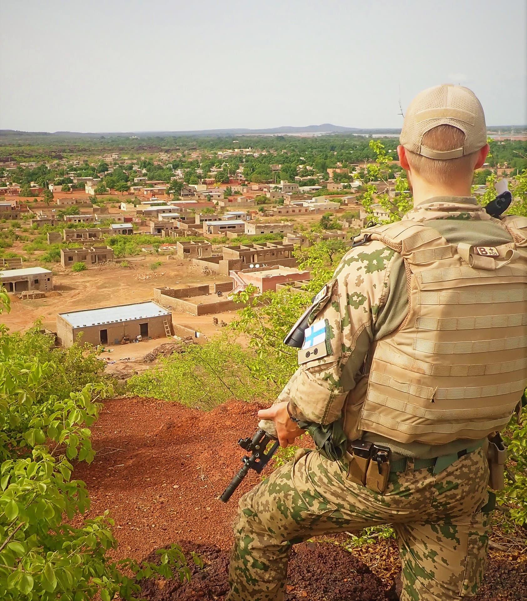 Suomalainen sotilas EUTM-koulutusoperaatiossa Malissa