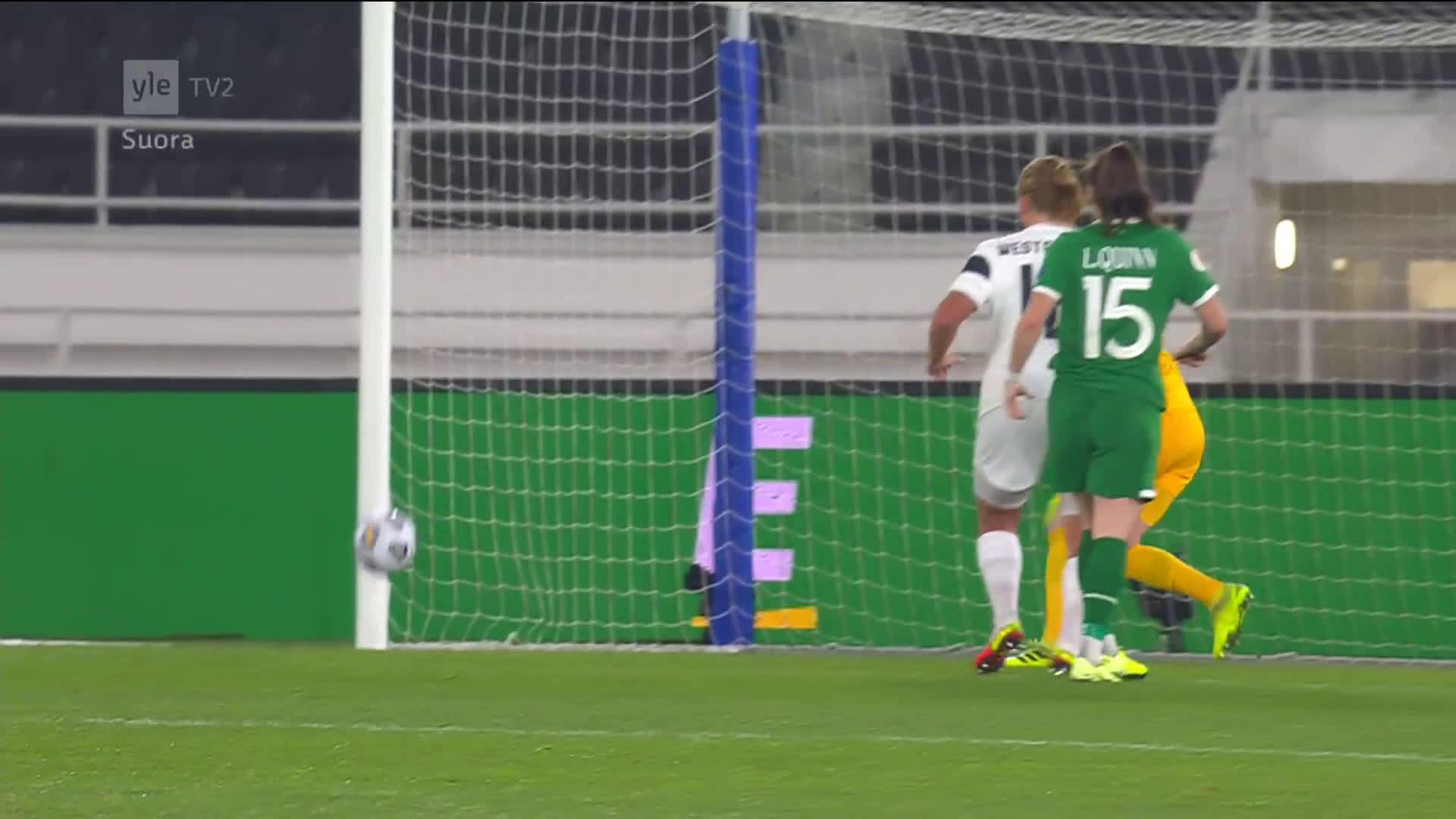 Denise O'Sullivan iski Irlannin voittomaalin Tinja-Riikka Korpelan haparoinnin jälkeen