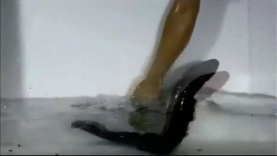 Lesbo hihna anaali seksiä