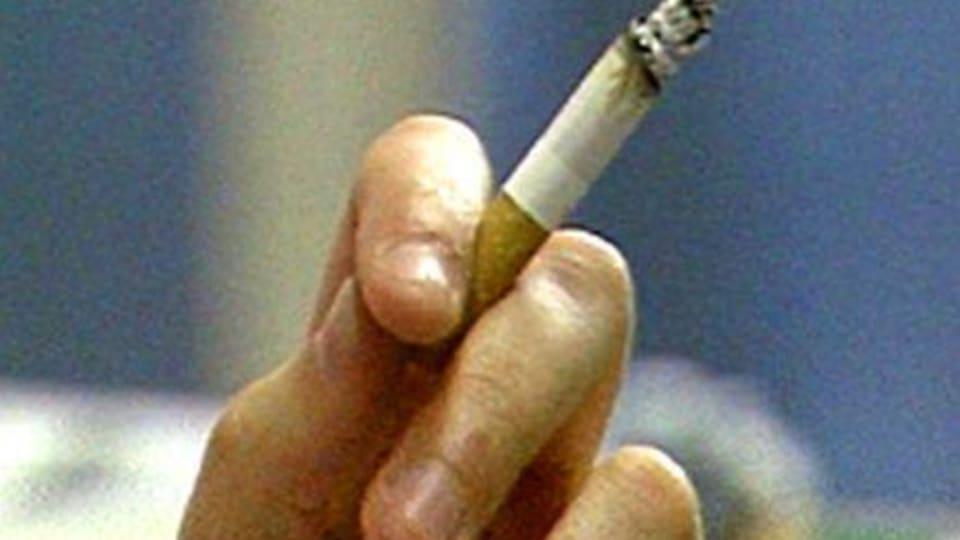 90b16973eb58 Ungdomar börjar röka för att det är så coolt | Arkivet | svenska.yle.fi