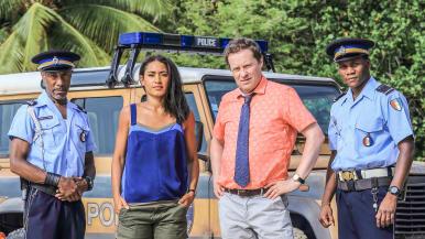 Rikoskomisario Jack Mooney ja tuttu tiiminsä palaavat suosikkisarjan uusissa jaksoissa.