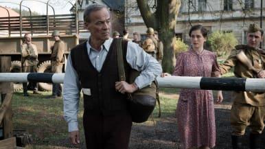 Saksalainen draamasarja kertoo pienestä kylästä, joka toisen maailmansodan jälkeen jaetaan kahtia.