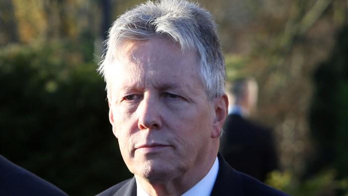 Nordirland ministrar lamnar regeringen