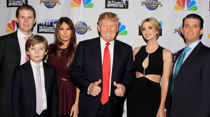 Donald trump bryter tystnaden om melanias halsa