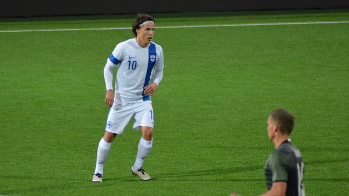 U21 landslag slog sonder hotellrum