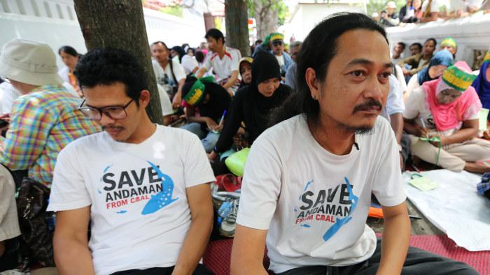Protester mot regeringen i bangkok
