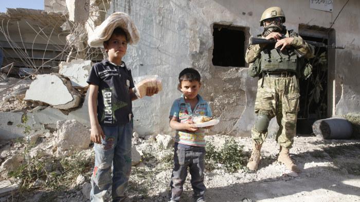 Minst 150 doda i strider om aleppo