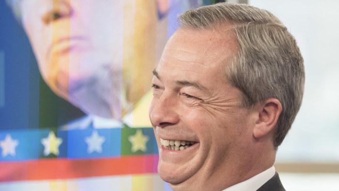 Lediga britter vantas fira kungligt