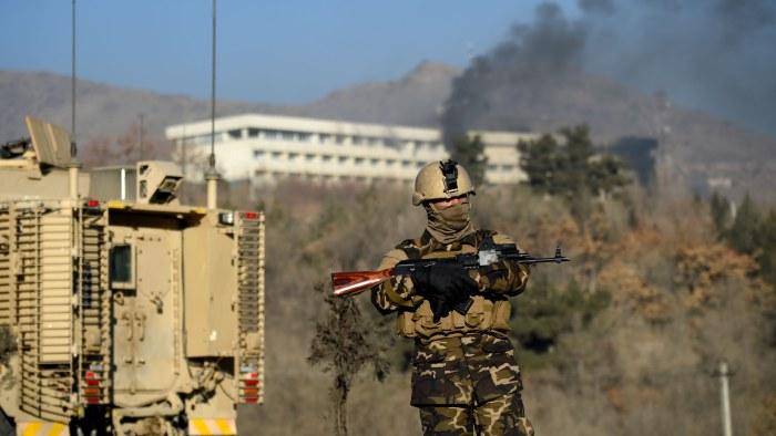 20 talibaner dodade vid strider