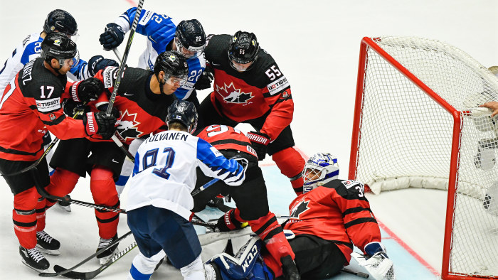 Lettisk ishockeyback dod