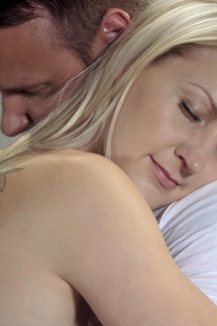 seksi opetusvideo naisen tyydyttäminen