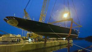 En av Baltic Yachts större segelbåtar