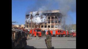 Talibaner slog till i en stor attack i Kabul