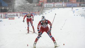 Marit Björgen etta i mål i Lahtis 2014.