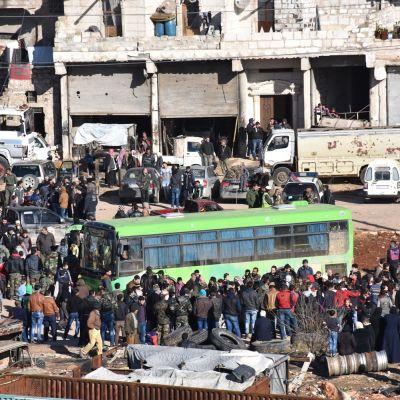 Den statliga syriska nyhetsbyråns (SANA) på evakueringen på torsdagen 15.12.2016