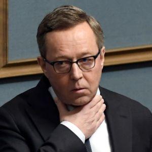 Finansminister Mika Lintilä (C) i riksdagen under budgetdebatten den 8 oktober.