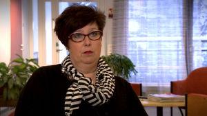 Hanna-Maija Alanen haastattelukuvassa.