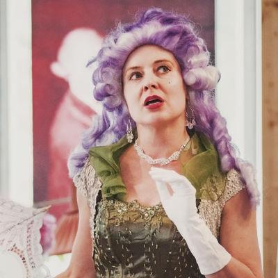 Operasångerskan Marie Finne-Bray poserar.