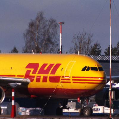 DHL:n lentokone.