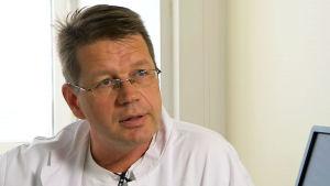 Pekka Hämmäinen, keuhko- ja verisuonikirurgian erikoislääkäri, LKT, HUS