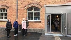Taide- ja kulttuurikeskus Kalevan navetan ovet avattiin Seinäjoella vieraille keskiviikkona 11.3.2020
