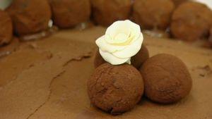 Mercedes fikontryfflar med tillhörande chokladtårta