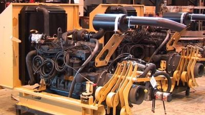 En motor i en metallfabrik