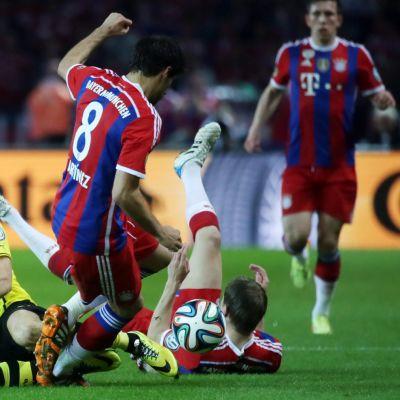 Bayern ja Dortmund.