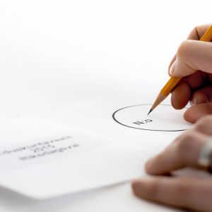Äänestyslappuun kirjoitetaan ehdokasnumeroa.