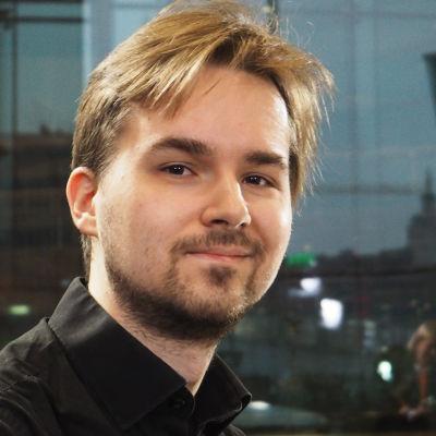 Pianisti Joel Papinoja.