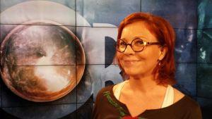 programledare för Obs debatt