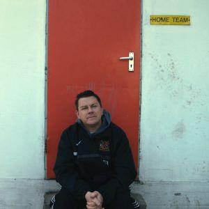 Nick Banks elokuvassa Pulp: A Film About Life, Death And Supermarkets